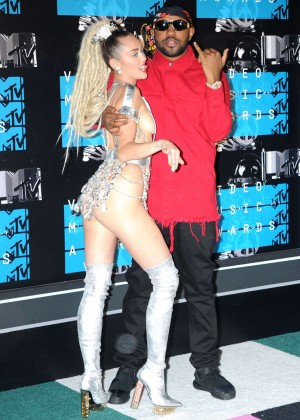 Miley Cyrus: 2015 MTV Video Music Awards in Los Angeles [adds]-116
